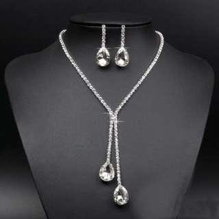 Women Crystal Drop Pendant Necklace Earrings Set