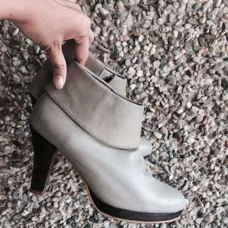 Carmelletes Boots