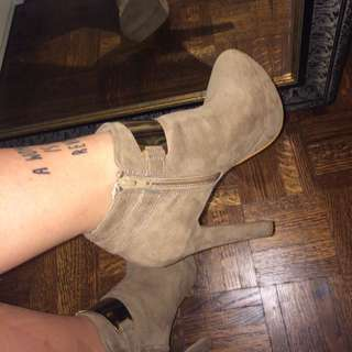 Aldo High Heel Boots With Gold Strap