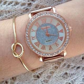 [RESERVED] Gold Knot Bracelet