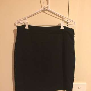 Ladies Tube Fitted Skirt