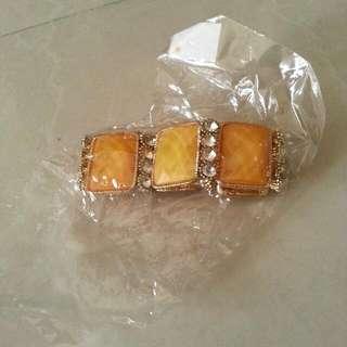 Gladie Yellow Bracelet
