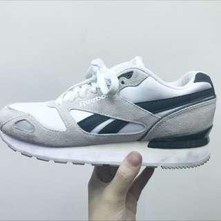 Reebox布鞋 增高布鞋