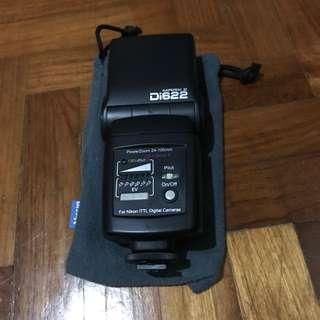 Nissin Mark II Di622 Flash