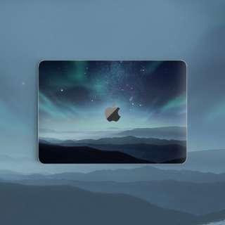 Nature // Aurora Boreailis Northern Lights Macbook Vinyl Decal