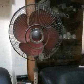 Repriced Vintage Standard Electric Stand Fan