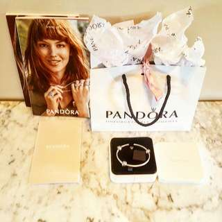 "PANDORA RETIRED "" YOUR A STAR "" BANGLE WITH MATCHING RETIRED CLIPS"