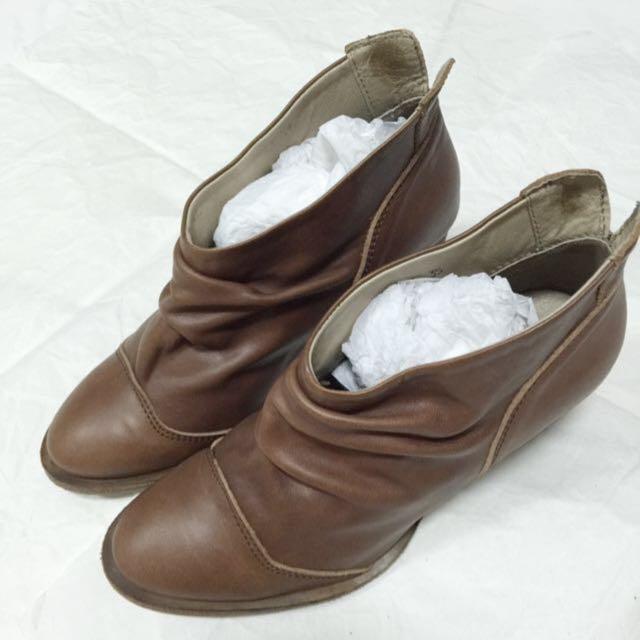 棕色 咖啡色 短靴 粗跟 靴子