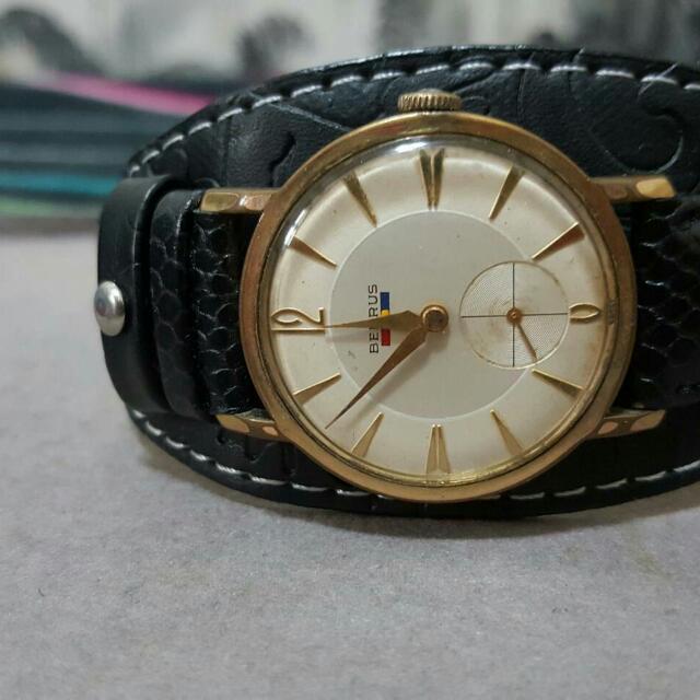 古董BENRUS小三針手上鍊機械錶