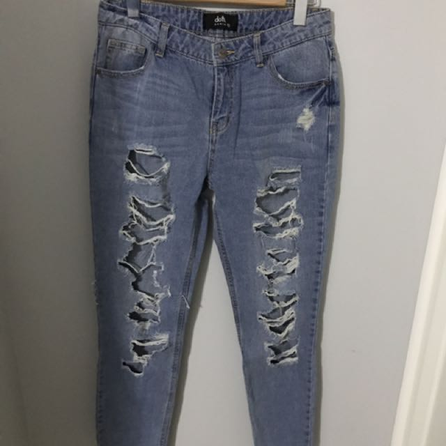 Boyfriend Style Ripped Jeans