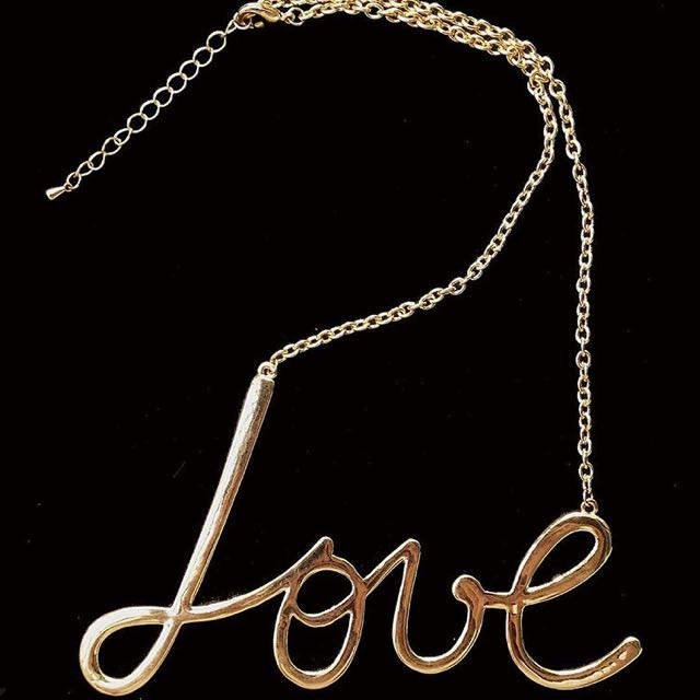BRAND NEW! ❤️Love Played Necklace
