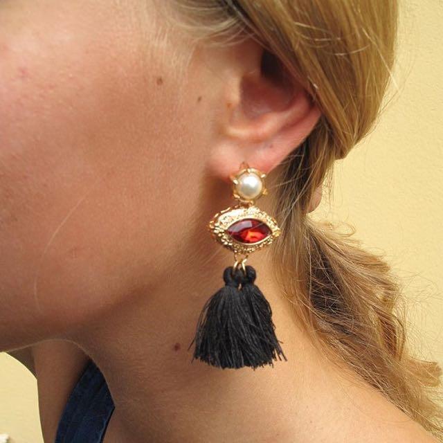 BRAND NEW! Tassels Earrings