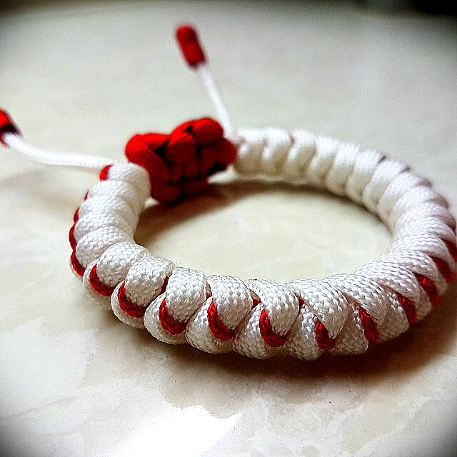 Casual Designed Snakeknot Paracord Bracelet Without Buckle