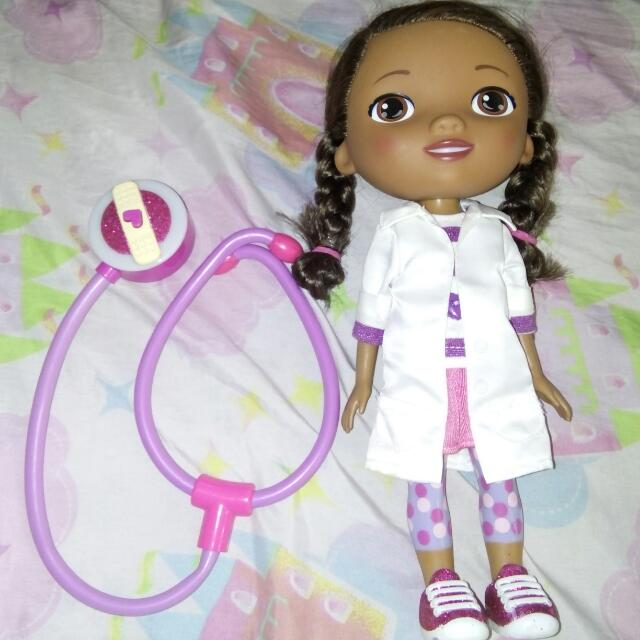 Doc Mcstuffins Battery Operated Doll And Stethoscope