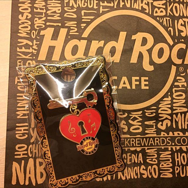 Hard Rock Jp Love Pin 2015
