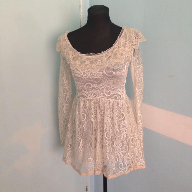 Lace Longsleeve Dress