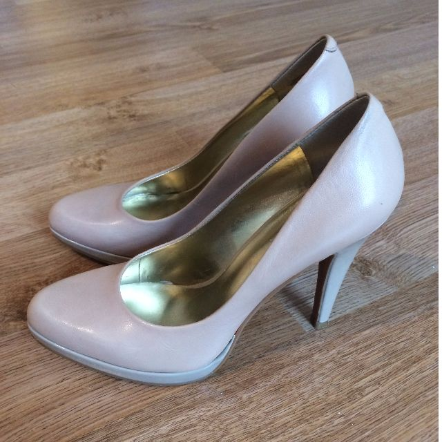 Nine West Nude Leather Heels, Size 5.5