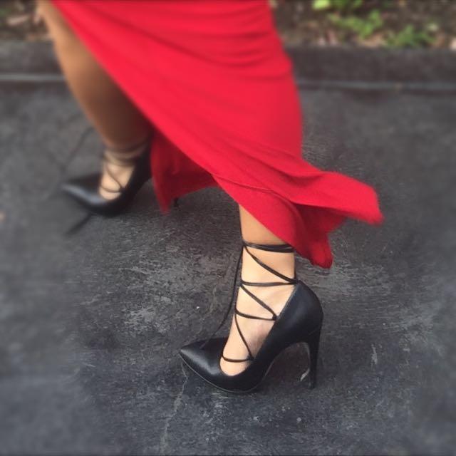 Novo Black Heels
