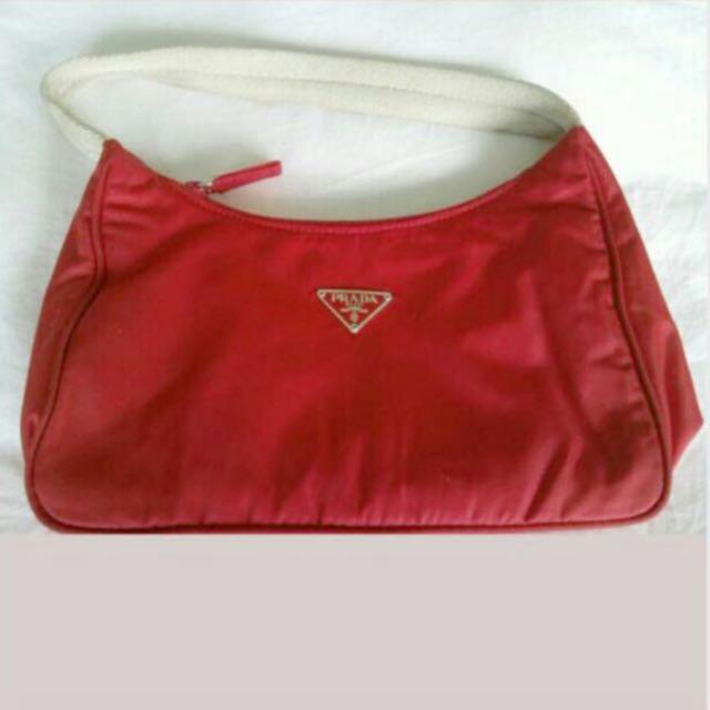 6682ecc54eb6 PRADA red Nylon purse BAG with cards