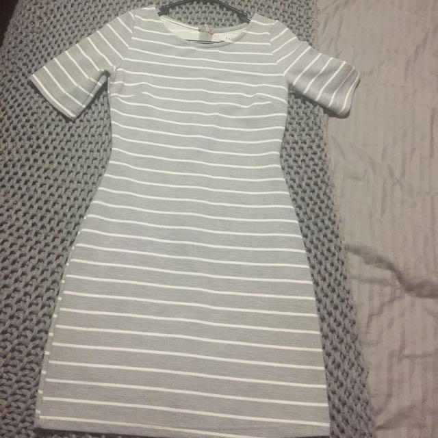 Size small Avery dress