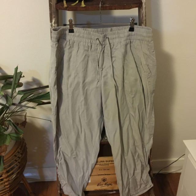 Suzanne Grae - Grey 3/4 Pants