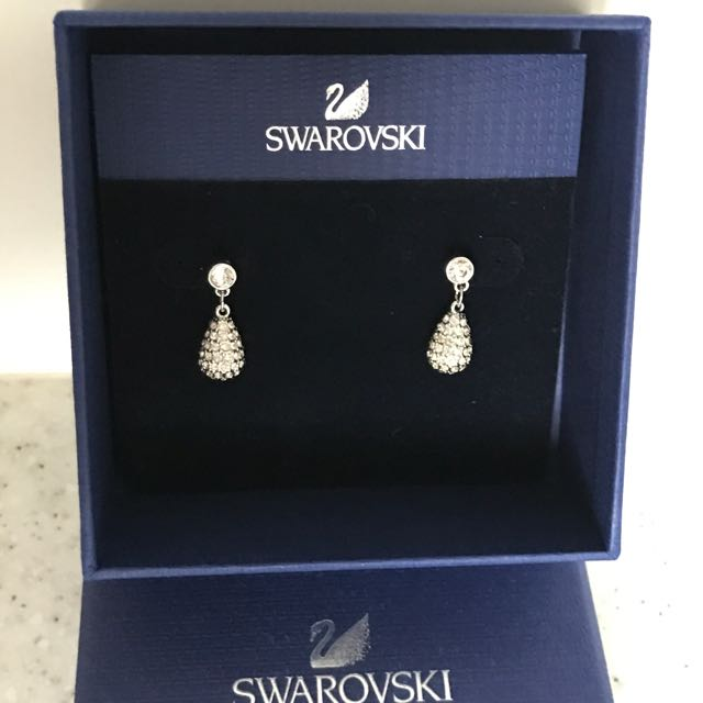 SWAROVSKI Earrings With Original Box, Women's Fashion