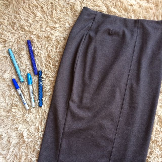 Uniqlo Gray Long Pencil Skirt