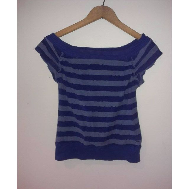 *VINTAGE* Tommy Hilfiger Striped T Shirt/ Size Medium