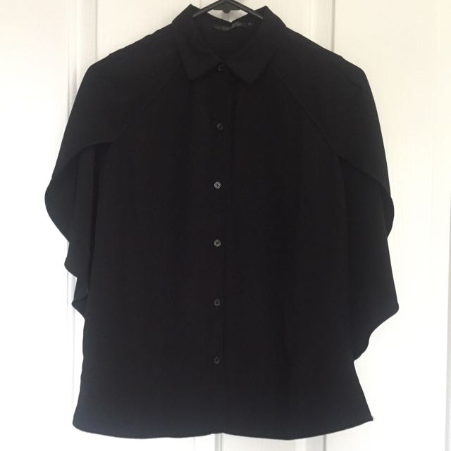 Zalora Black Button Up Blouse With Cap Sleeves Size XS (6-8)