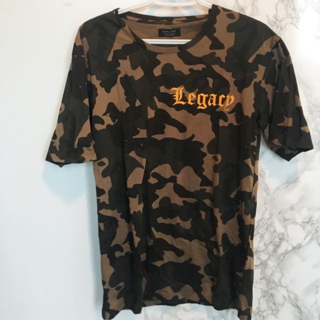 Zara Men T-shirt Size Small