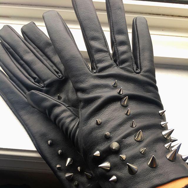 Zara Trendy Leather Gloves