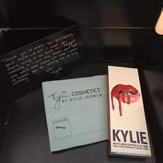 Kylie Lipkit '22' - Matte Liquid Lipstick & Lip liner - New & 100% Authentic!
