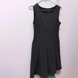 Uniqlo 洋裝