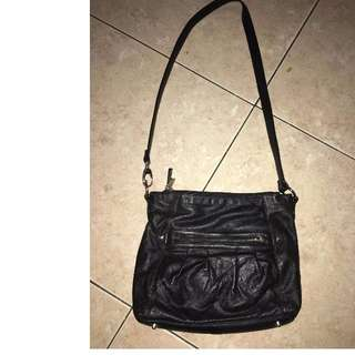 PRE LOVED SLING BAG