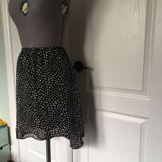 Hi-lo Skirt With Heart Pattern Size Small