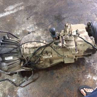 land rover defender gearbox 300 tdi auto