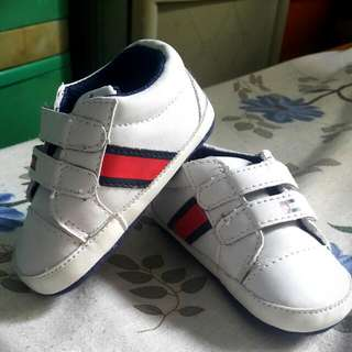 Tommy  Baby Shoes - 6-12 Months