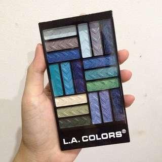 (NEW - SALE)  LA COLORS 18 Eyeshadows Pallete