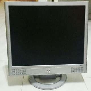 """HP 17"""" Monitor"""