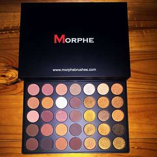 NEW MORPHE 35R Eyeshadow Palette