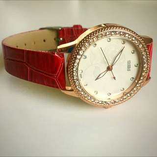 ❤️Fashionable Red Watch