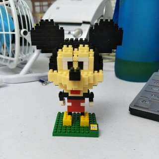 Mickey Mouse Mini Lego Figurine