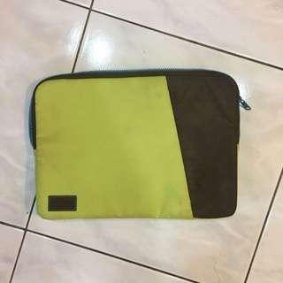 Spree Match Macbook 13吋電腦包-萊姆綠