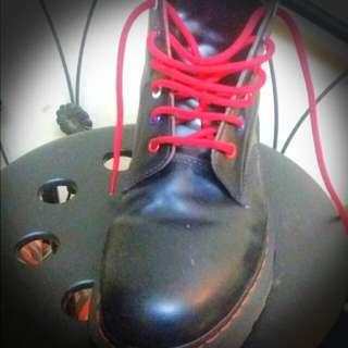 Dr. Martens 3990 Boots
