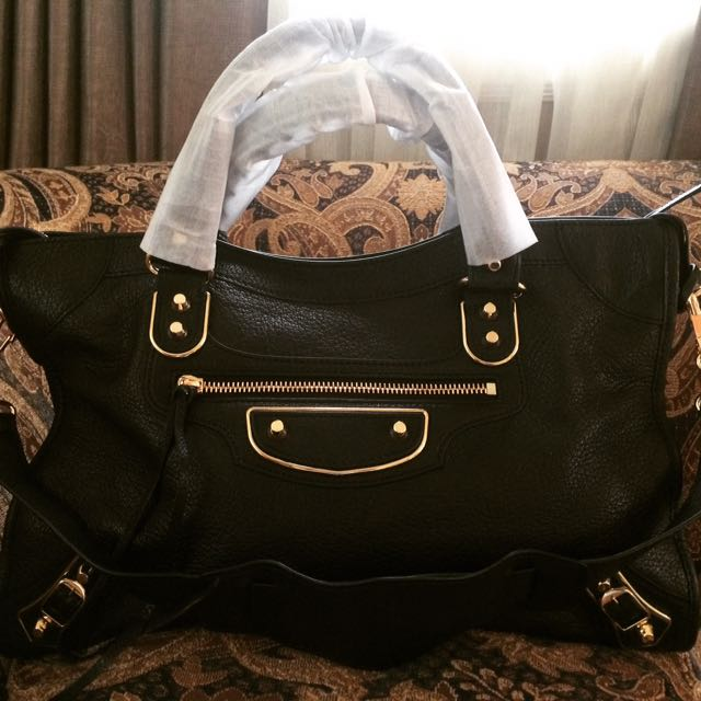 👜AUTHENTIC BALENCIAGA
