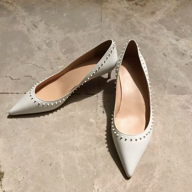half off 77d3b 991da Christian Louboutin Inspired Kitten Heels, Women's Fashion ...