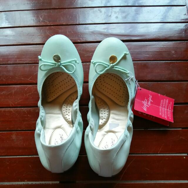 deflex comport doll shoes
