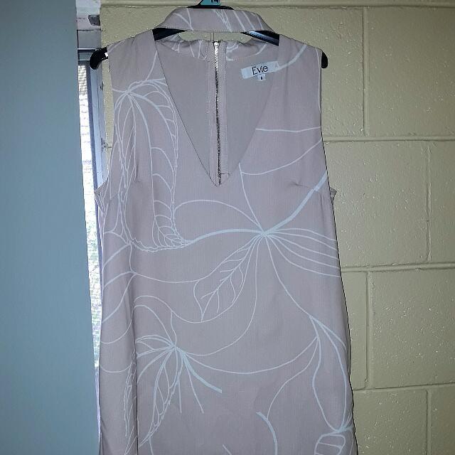 EVE CHOKER MINIMALIST DRESS