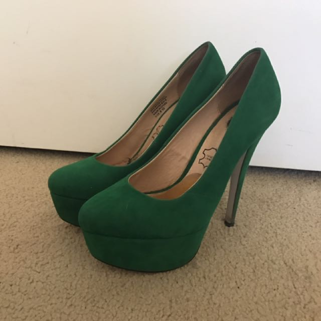 Green High Heels (pumps)