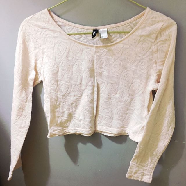 📌REPRICED: H&M Divided Long Sleeves Crop Top